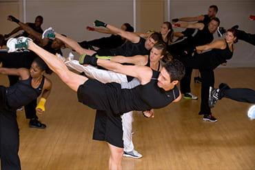 プログラム - Group Fight(グループファイト)|【スポーツクラブ ルネサンス】フィットネスクラブ・スポーツジム